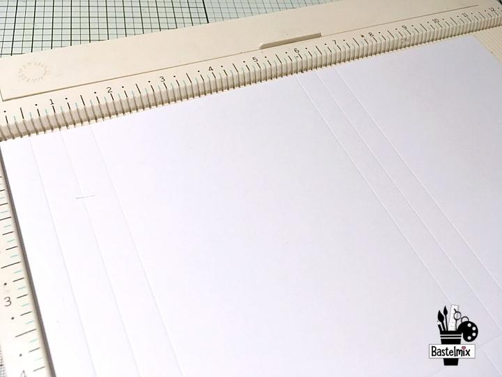 So bastelst du eine Papiertüte aus einem Blatt A4.