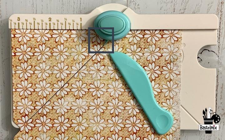 Kleinen Umschlag selber basteln mit dem Mini Envelope Punch Board.