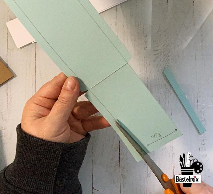 Papierstreifen schneiden