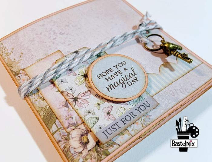 Mini Geschenkbuch aus einem Streifen Papier und einem DIN lang Umschlag